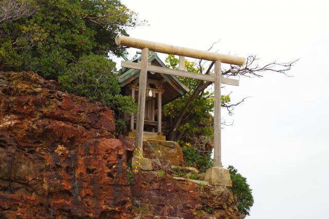 弁天島の鳥居