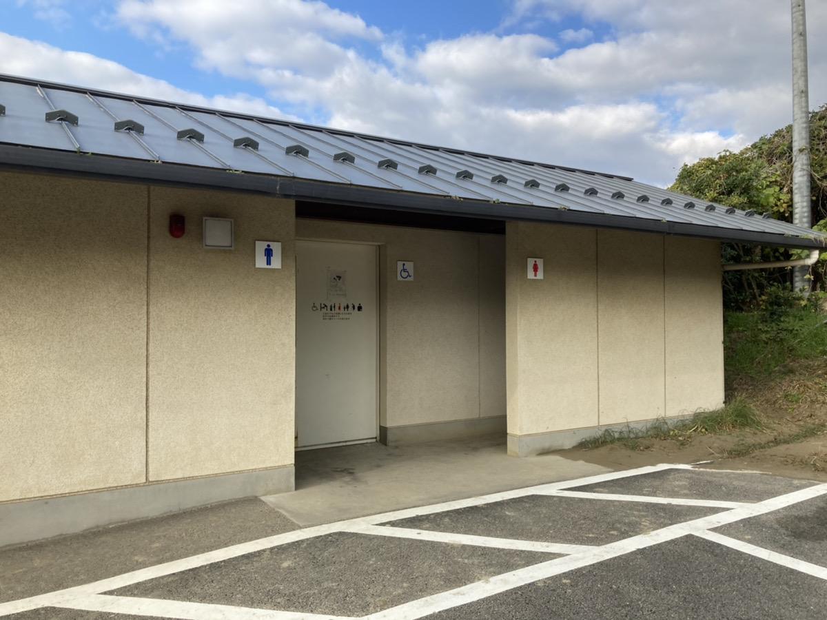 駐車場①設置のトイレ